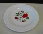 Arcopal, White and Red Rose, desert plate