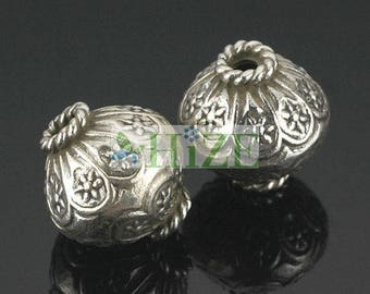 HIZE SB295 Thai Karen Hill Tribe Silver Flower Oval Bicone Focal Beads 12.5mm (4)