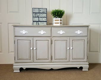 Buffet table/ sideboard / credenza