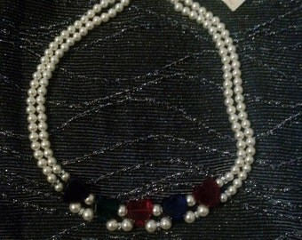 Clearance was 40 now 15.  80s NWT Faux Pearl Hearts Necklace/Costume Jewelry