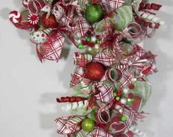 Christmas Wreath,Front Door Wreath,Candy Cane Wreath,Deco Mesh Wreath,Christmas Wreath,Holiday Wreath,Holiday Door Wreath,HolidayMeshWreath