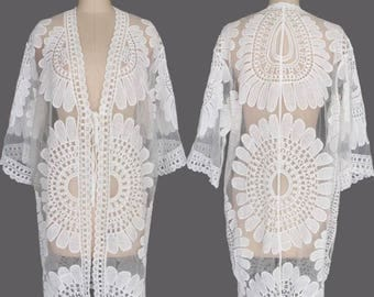 Stunning Women's White Lace Beach Cover-Up / Kaftan - The Perfect Summer Accessory