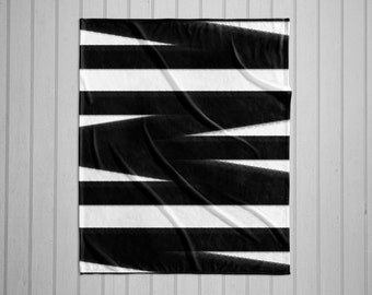 Black and white bandage pattern modern plush throw blanket with white back