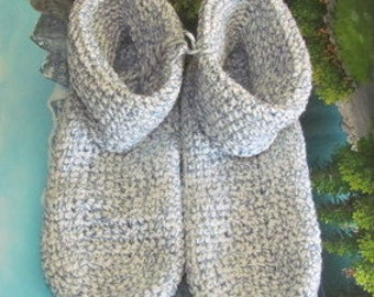 Hand crochet slippers men 9.5 women 11 CSA 006