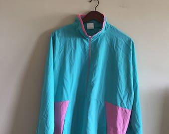 Vintage Pullover Windbreaker.