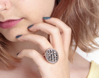 Oval Sterling Silver Ring with a basket weave design - Big silver statement ring