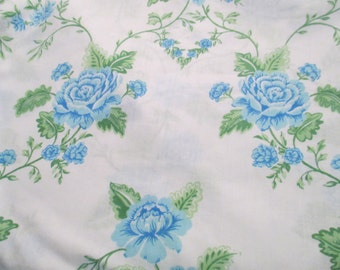 Vintage Twin Flat Floral Bed Sheet, Fabric, Linens, Bedding, Quilt Squares