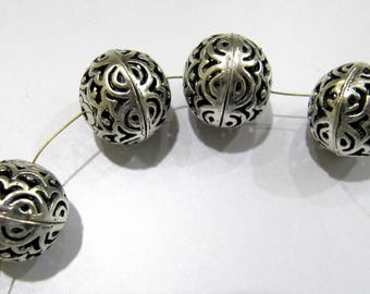 Antique Silver Oxidize Designer Balls 16 mm Metal Beads , Silver Spacer Round Shape Beads , Sold per Piece.