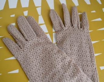 Splendid Vintage Pretty mink coloured dress Gloves - Occasion. Retro Accessories