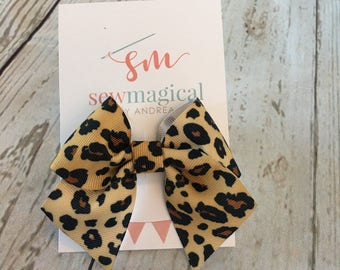 Hair Bow, Cheetah, Baby Bow, Animal Print, Birthday Gift, Baby Shower Gift, New Baby, Gift for Her, Hair Clip, Baby Gift, Party Favor
