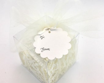 Gift Box with Paper Shred & Tulle Bow for Cupcake Bath Bomb - Bath Bomb Gift Box
