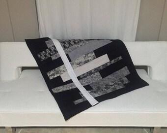 Modern Minimal B&W/Grey