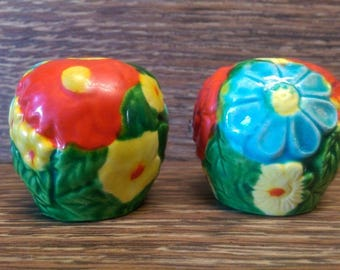Vintage Japanese Made Flowering Bush Salt And Pepper Shakers Red Blue Yellow