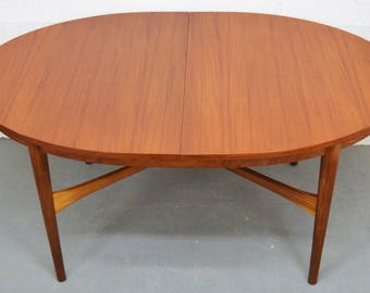 Mid-Century Teak Extendable Oval Dining Table by Beithcraft