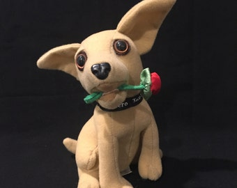 """Taco Bell Talking Chihuahua - Says """"I think I'm in love!"""" - ca 1997"""
