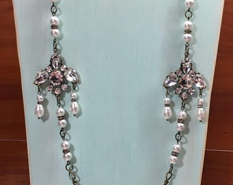 Long pearl and rhinestone necklace