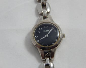 Vintage Ladies Quartz Wrist Watch Black Face