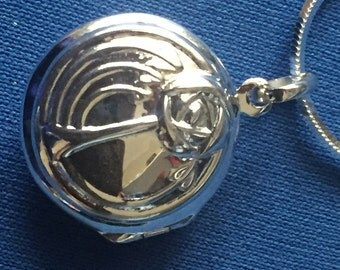 Locket Charles Rennie Mackintosh Style Sterling Silver and sterling snake chain