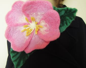 Felted flower brooch, felted flower corsage pin brooch, felted large Briar flower brooch, mother day gift, felted brooch large Briar flower