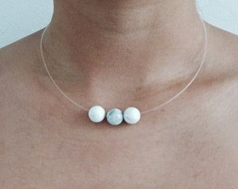 Transparant choker with three marble balls beads, choker transparant, marble choker