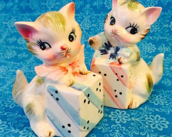 Kittens with Presents and Bows Salt and Pepper Shakers made in Japan circa 1950s