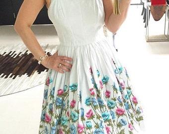 Lovely 1950s Border Print Floral Dress
