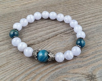 Chalcedony agate and Apatite Grade A bracelet - gemstones 8mm