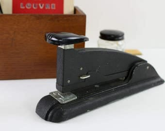 Vintage Stapler, Industrial Stapler, Vtg Desk Accessories, Art Deco Desk, Desk Supplies, Speed Products Co., Industrial Office