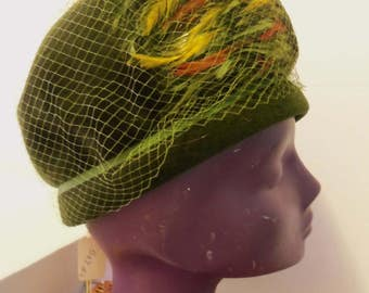 Vintage Firenze Imported Fur Cloche Hat Feather Hat Veiled Hat Green Hat Felt w Netting Store Deadstock Felt Hat Union Made USA