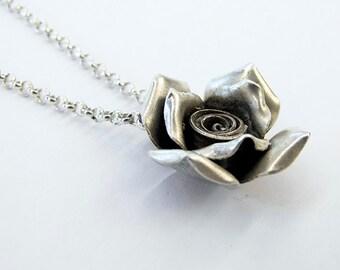 Vintage Rose Pendant