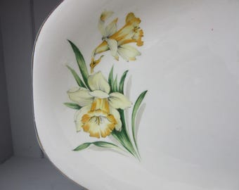 British Anchor Sandwich Plate, Daffodils, Easter Plate, Vintage Serving Dish, Floral, Cottage, Cake Plate, Serving Plate