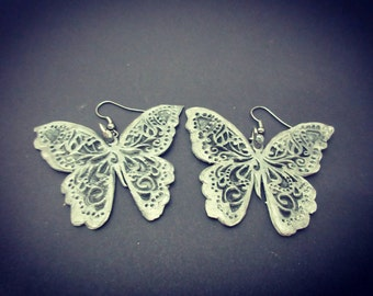"""Extra large grey/silver """"stone"""" butterflies"""