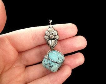 Turquoise - Pendant Necklace - Flower Pendant - Vintage Pendant - Healing Stone - Blue Stone - Light Blue - Baby Blue - Gothic - Boho