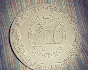 "1972  Decorataive Plate by Frankoma"""" HE HAS RISEN """"  Excellent Condition"