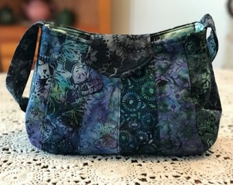 Catalina Sling Bag