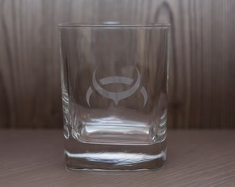 Eve Online Races/Empires/NPC Etched Glass -Drinking cup - whiskey glass - pint glass imperial pub beer mug PC Game MMORPG