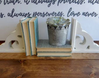 Pair of White Distressed Corbels