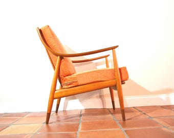 Mid Century Danish Peter Hvidt Lounge Chair