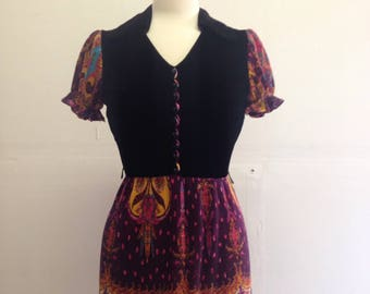 1960s Psychedelic Mini-Dress