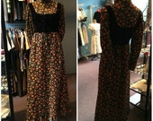 Vintage 1970s Tracy Petites Orange and Black Flowered Corset Front Quilted Maxi Dress Size 6