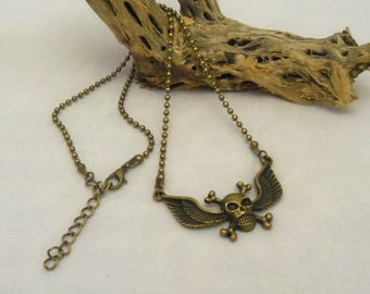 18 Inch Antique Bronze Winged Skull Necklace (1128)