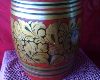 "USSR decorative, hand painted, wooden drum barrel with lid; possibly made by or at Khokhloma; 10.5"" x 8"""