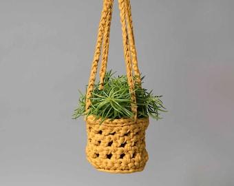 Crochet plant hanger, hanging planter, plant pot holder, mustard plant pot, modern home, succulents, houseplants, hanging basket, macrame