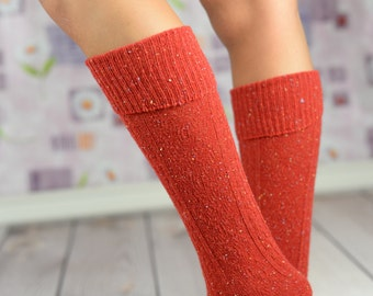 Holiday Fireengine Red Speckled Boot Socks