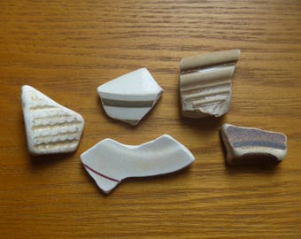 Scottish sea pottery, 5 pieces of beige and brown stripy sea pottery