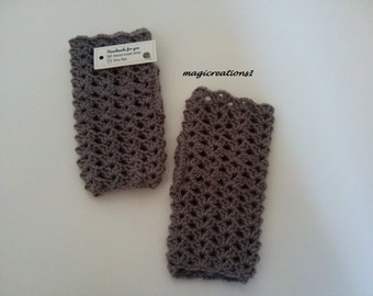 Brown crochet fingerless mittens.Brown crochet gloves. Winter accessories. Gift for her.