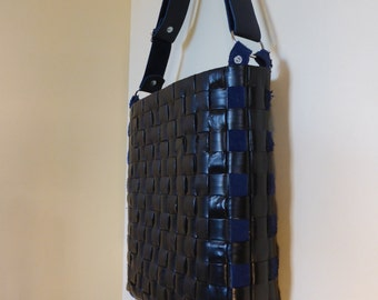 Shoulder bag / handbag / leather / black / Navy / Tote / hand woven / upcycled / eco-friendly / design / original