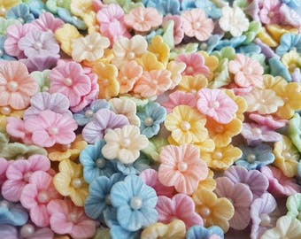 30 Edible Sugar Flowers Pastel Birthday Wedding Anniversary Party Cupcake Cake Toppers