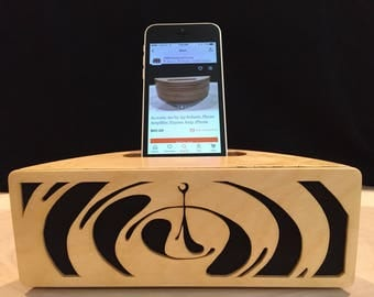 Acoustic speaker Phone amplifier iPhone amplifier iPhone speaker Wooden speaker Charging station iPhone dock Docking station Passive Amp