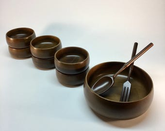 Vintage Hellerware salad bowl serving set